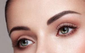 extended eyelashes